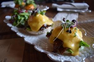 Roast Beef Eggs Benedict
